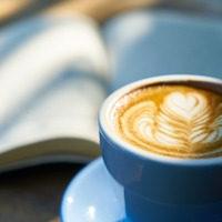 ちいさなカフェで語りたいこと。本と私の話。