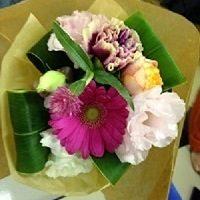 あなたは「サンジョルディの日」を知っていますか? ~花束と本に愛の言葉を添えて~